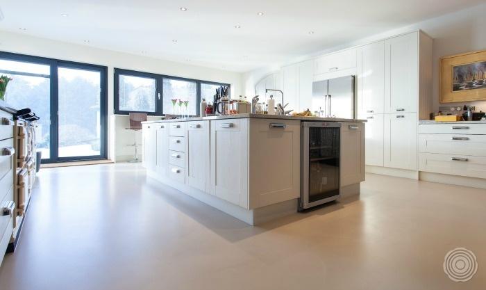 Gietvloer Voor Keuken : SENSO Gietvloeren keukens
