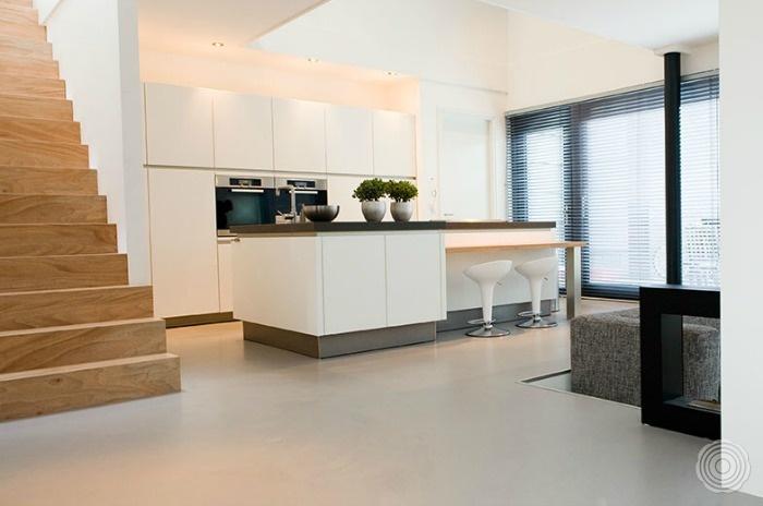 Gietvloer Voor Keuken : SENSO Gietvloeren keukens SENSO Gietvloer